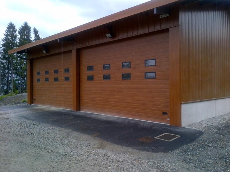 Porte sectionnelle industrielle isol e motoris e ou - Porte de garage sectionnelle industrielle ...